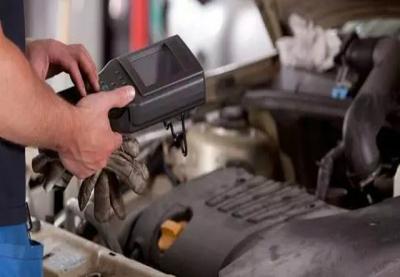 江门汽车维修:夏季正当如何防止汽车出现自燃情况
